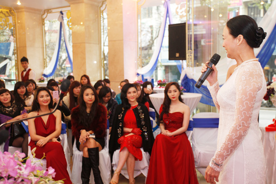 Toàn cảnh lễ khai trương Thẩm mỹ viện Đông Á 7