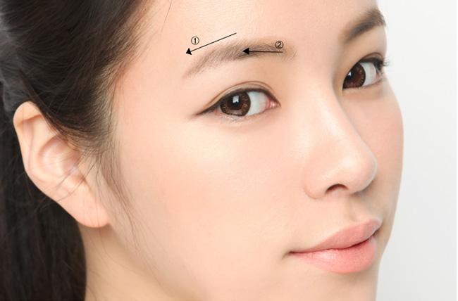 Bấm mí mắt tạo mắt mí đôi kiểu Hàn Quốc đẹp tự nhiên