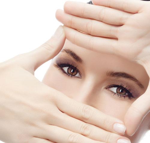 Mắt đẹp hoàn hảo với phương pháp cắt mí mắt Hàn Quốc