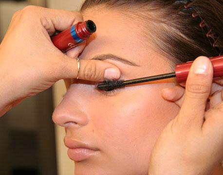 3 Cách làm mắt một mí to hơn cực kỳ đơn giản 2