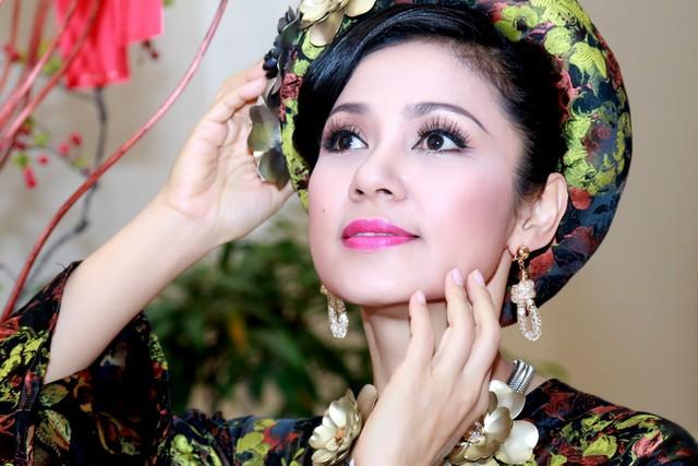 5 mỹ nhân sở hữu đôi mắt đẹp nhất làng giải trí Việt 3
