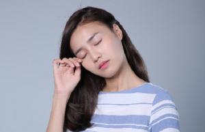 Những điều cần biết về tình trạng mắt bị khô