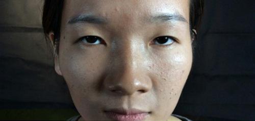 Người liếc mắt liên tục thường có tính đa nghi (hình minh họa)