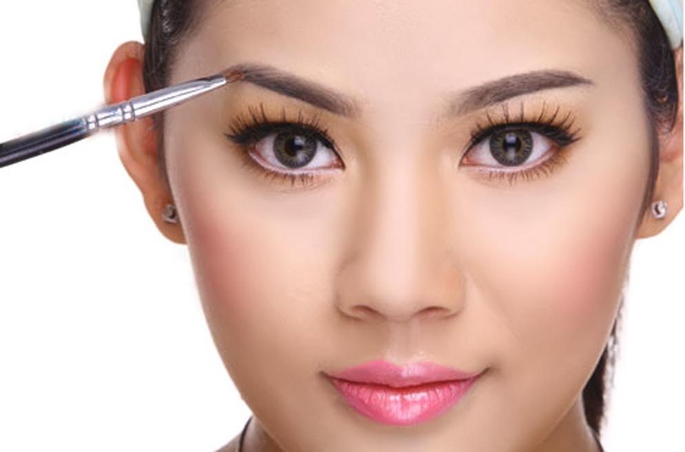 Trào lưu phẫu thuật cắt mí mắt lên ngôi 2