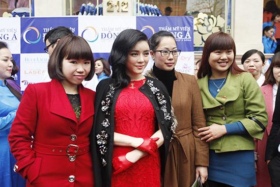 Toàn cảnh lễ khai trương Thẩm mỹ viện Đông Á 13