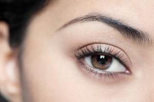 Tạo mắt 2 mí nhờ nhấn mì không phẫu thuật và Make Up