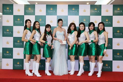 ngoc-han-khi-truong-dong-a2