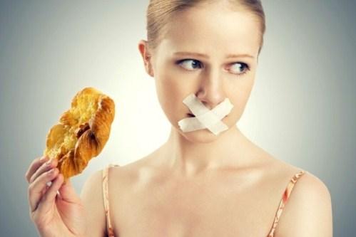 bấm mí hàn quốc có đau không, ăn kiêng thế nào
